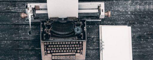 Schreibmaschine und Block - Schreibwerkstatt