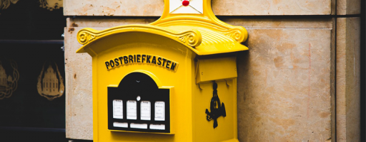 newsletter - Gelber Briefkasten