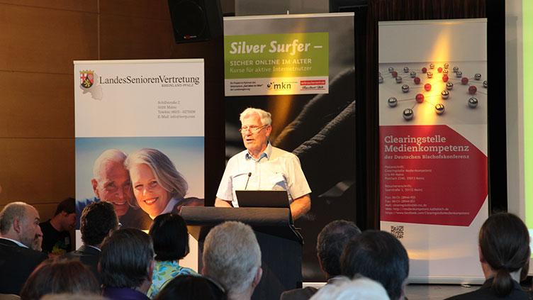 Silver Surfer, Landes Senioren Vertretung