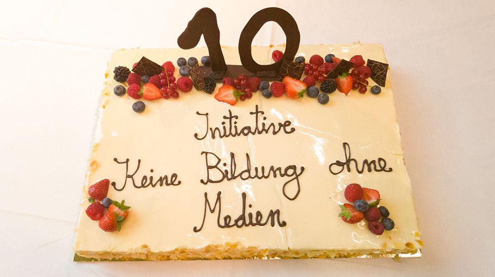 Foto der Torte zum 10-Jährigen Jubiläum KBoM