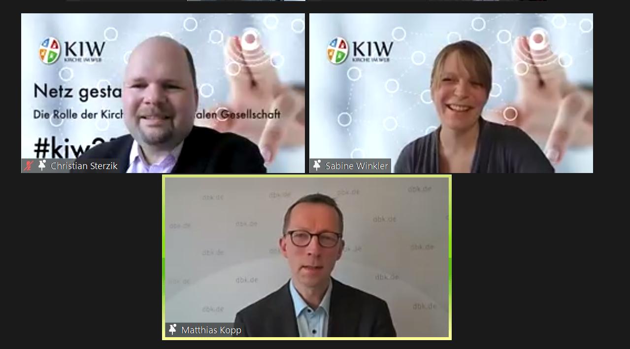 Podiumsdiskussion bei Kirche im Web: Christian Sterzik und Matthias Kopp, moderiert von Sabine Winkler