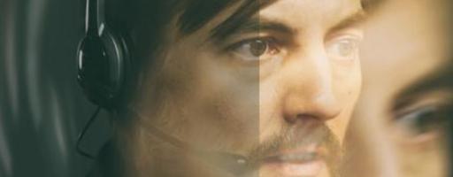 Schatten. Bildausschnitt aus dem Cover mit Gesicht des Protagonisten Erik